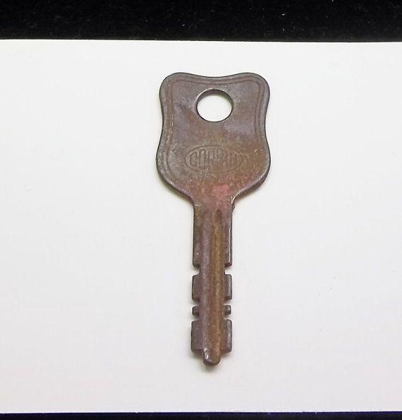 Vintage Grooved Flat Key Rusty Steampunk Gothic by vintagekeys, $2.50