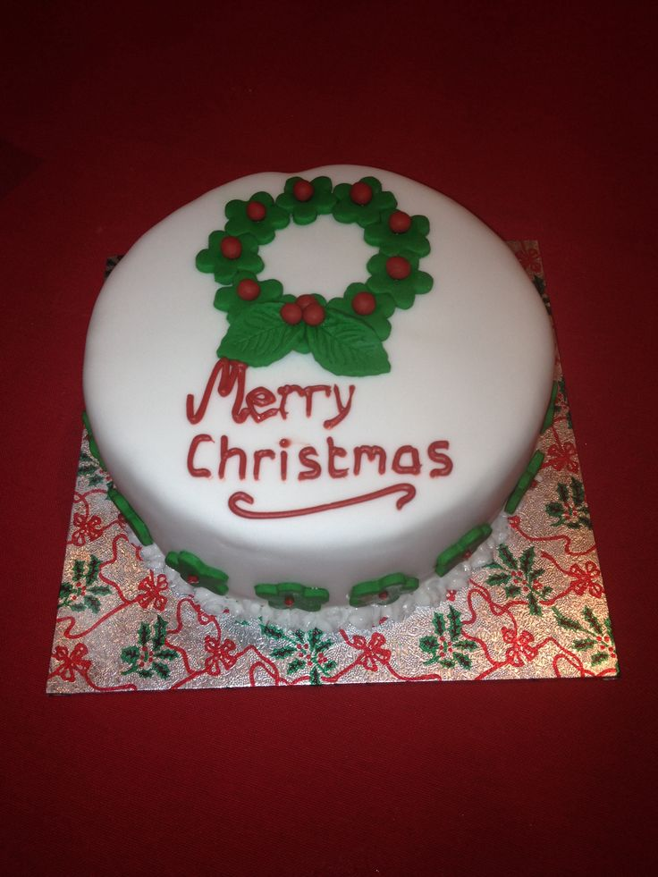 Christmas Cake Designs Pinterest : Wreath Christmas cake Cake designs Pinterest