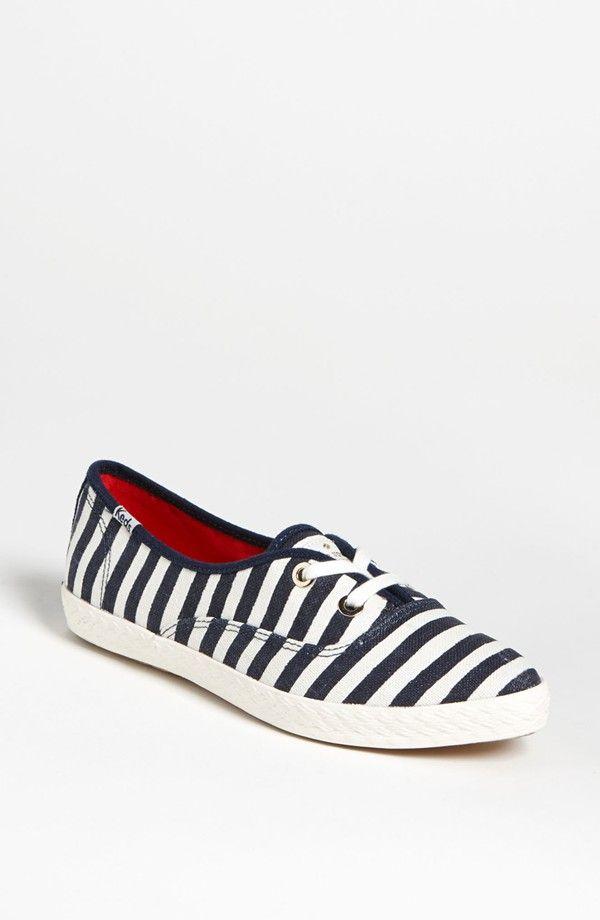 أحذية بنات ..~  .. أحذية فلات ..~