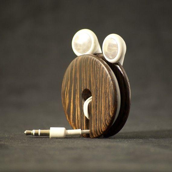 Wood earbud holder earphone organizer wenge gifts for men pinterest - Wooden headphone holder ...