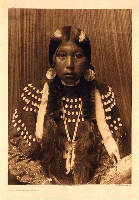 native american women in the 1800s Under the auspices of the war department in the early 1800s some indian leaders believe that the sterilization of native american women also affects the tribe's.