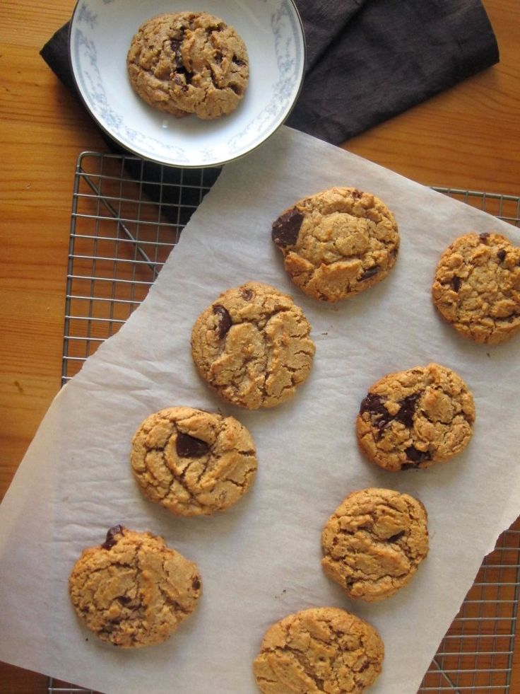 Whole Wheat Chocolate Chip Cookies | baking | Pinterest