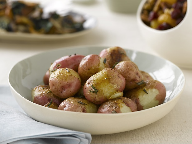 Oven Roasted Red Potatoes with Rosemary and Garlic | Recipe