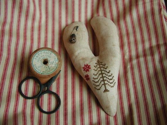 Primitive cross stitch heart