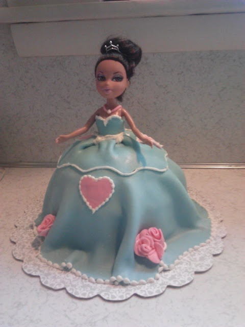 Bratz doll cake with fondant icing
