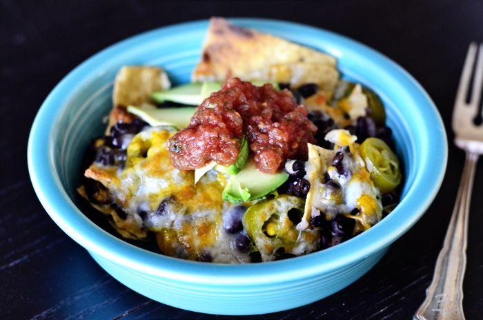 Black Bean Nachos #Recipe. #Glutenfree | Gluten-free Mexican/ Southwe ...