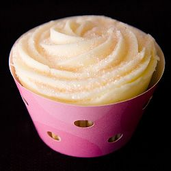 How to make cupcake wrappers - including free templates to download.
