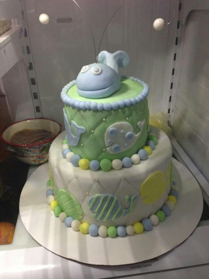 whale baby shower cake animal whale pinterest