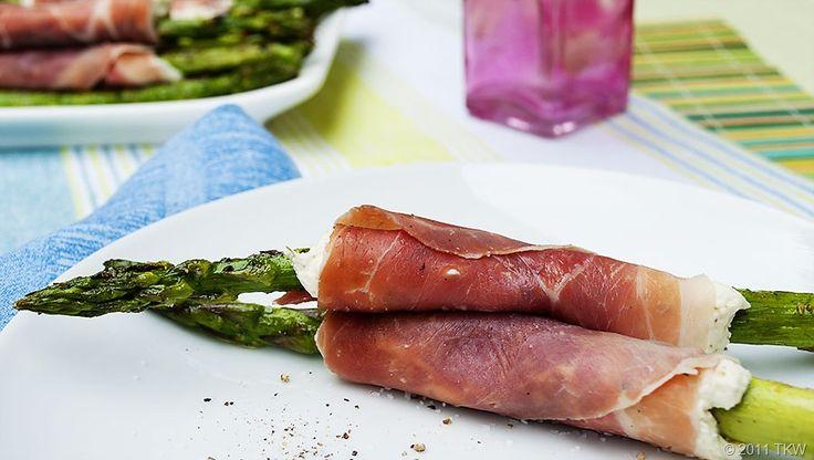 Prosciutto-Wrapped Asparagus Spears | Recipe