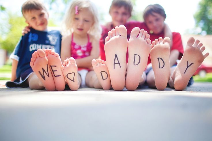 Great father's day photo! would work for Mother's Day too - for grandparents as well.