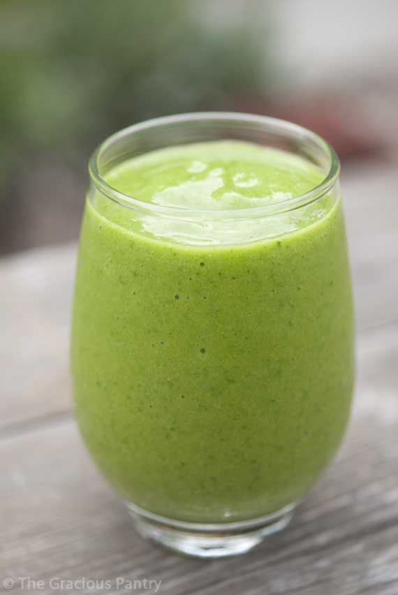 Clean Eating Green Tea Mango Smoothie by thegraciouspantry #Smoothie #Green_Tea #Mango #Healthy