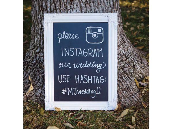 No olviden poner un pizarrón con la indicación de que los invitados de la boda suban las fotos de la boda a instagram ¡Esto es muy hipster!