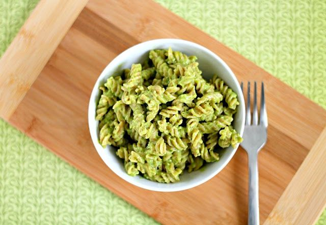 15 Minute Creamy Avocado Pasta | Healthy and Lighter Recipes | Pinter ...