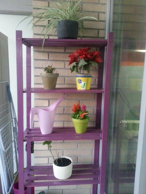 Estanter a para macetas peque as accesorios terrazas - Accesorios para jardines pequenos ...