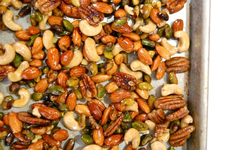 spiced nuts w/ candied bacon. come on! | Nuts | Pinterest