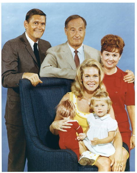 Bewitched - Cast | Movies, Sitcoms, TV of Ago | Pinterest