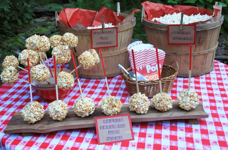 Backyard Movie Night Party : Outdoor Movie Night Party  Halloween  Pinterest