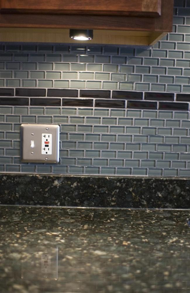 replace a broken backsplash tile diy pinterest
