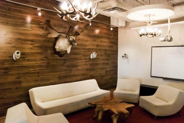Plancher flottant mur cuisine pinterest for Parquet flottant pour salle de bain