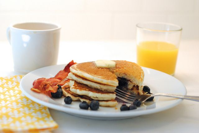 simple blueberry pancakes | Food | Pinterest