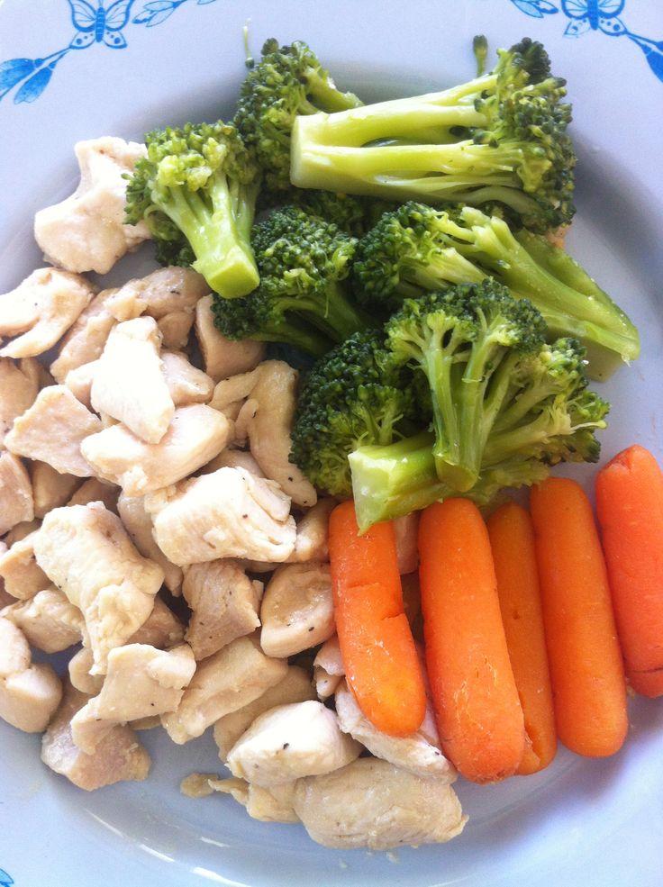 Chicken, broccoli and carrot   Vegetarian Diet Foods   Pinterest