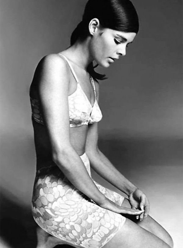 Ali Macgraw You...