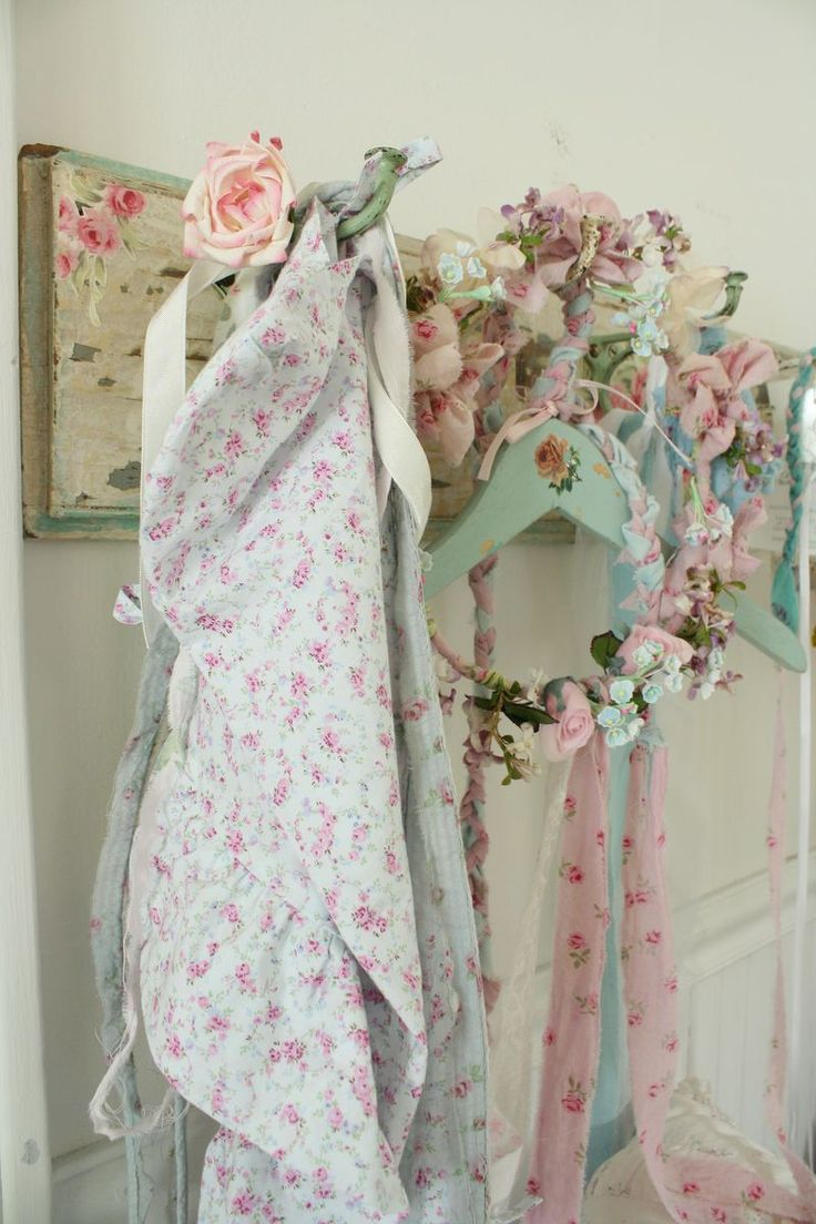 DIY_ Beautiful Shabby coat rack Using Wallpaper!