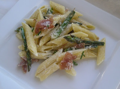 Penne with Asparagus and Prosciutto in Lemon Cream Sauce