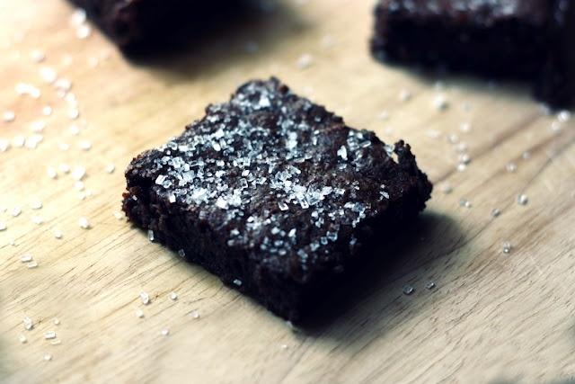 sweet and salty brownies | Sweet stuff | Pinterest