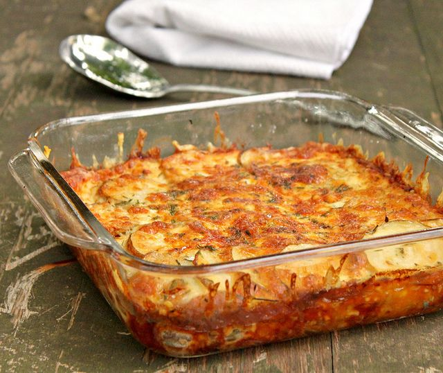 Simple Scalloped Potatoes | Deelish | Pinterest