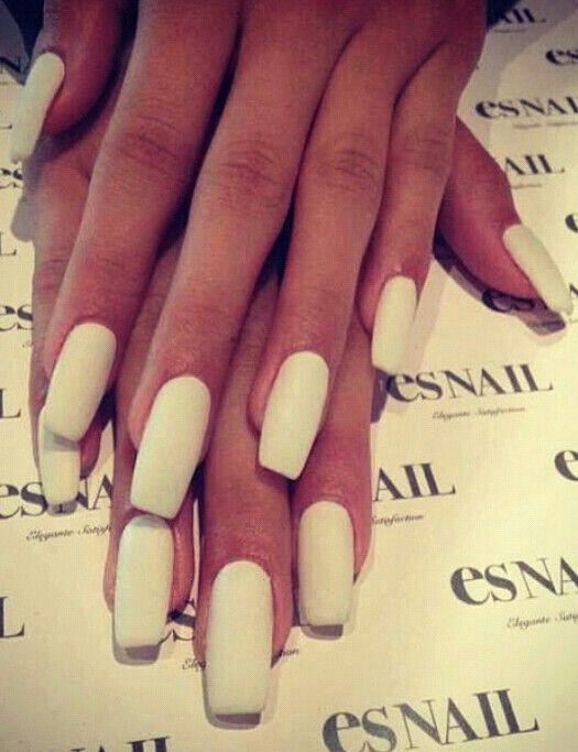 Love white matt nails ...