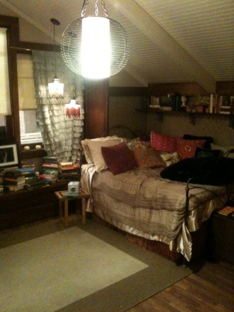 aria montgomery s boho chic bedroom dorm life pinterest 25 best ideas about aria montgomery chambre on pinterest