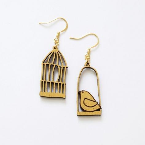 Bird Cage Earrings by Manolo. Sooooo cute