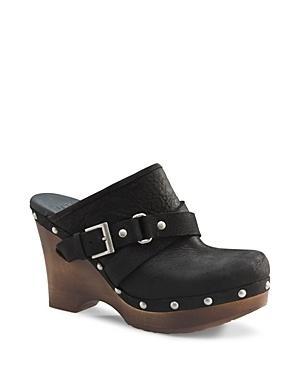 pair. clogs, comfortable, shoes, women, womens, black, brown, snaps