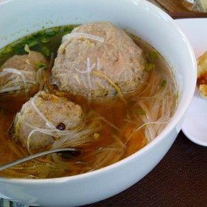 Chicken Bakso/Baso (Indonesian/Timorese Meatballs) Recipe ...