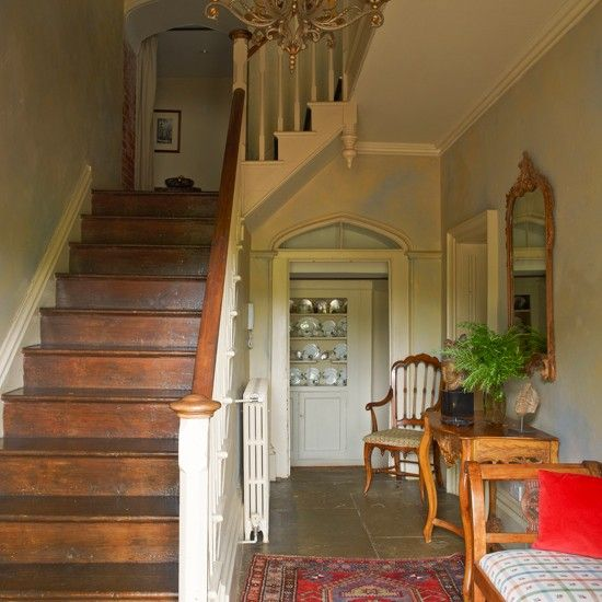 Classic Hallway With Antiques Country Cottage Entrance