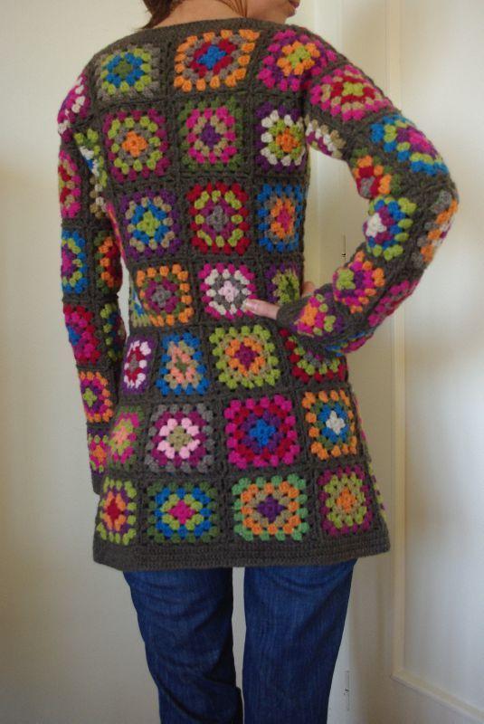 Free Crochet Granny Square Vest Patterns : granny square coat back IMGP1637 Camiseta crochet ...