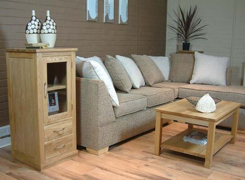 Small living room furniture arrangement furnitue for Small living room arrangement
