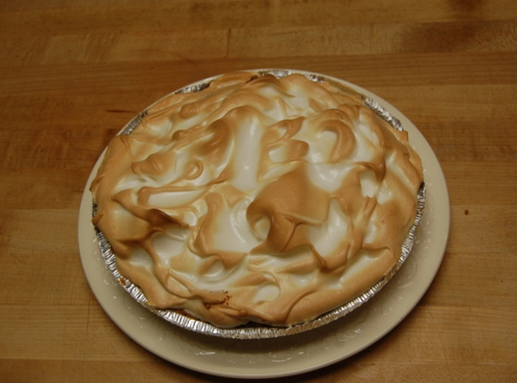 lime meringue pie recipes dishmaps key lime pie topped with meringue ...