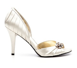 Ivory Ninewest shoes for my bridesmaids