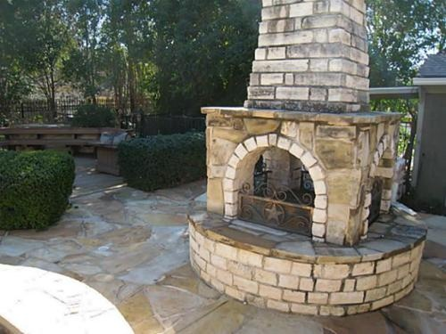 Outdoor fireplace diy home pinterest for Where to buy outdoor fireplace