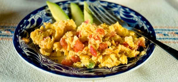 Huevos a la mexicana | Authentic Mexican Food | Pinterest
