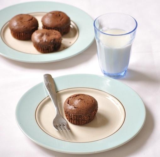 Molten Chocolate Cupcakes | cupcake l