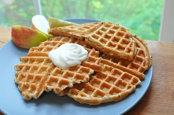 Whole-Grain Apple Waffles | breakfast | Pinterest