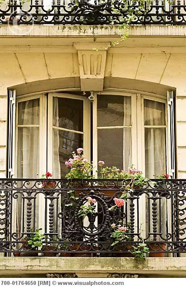 Balcony paris paris france pinterest for What is a french balcony