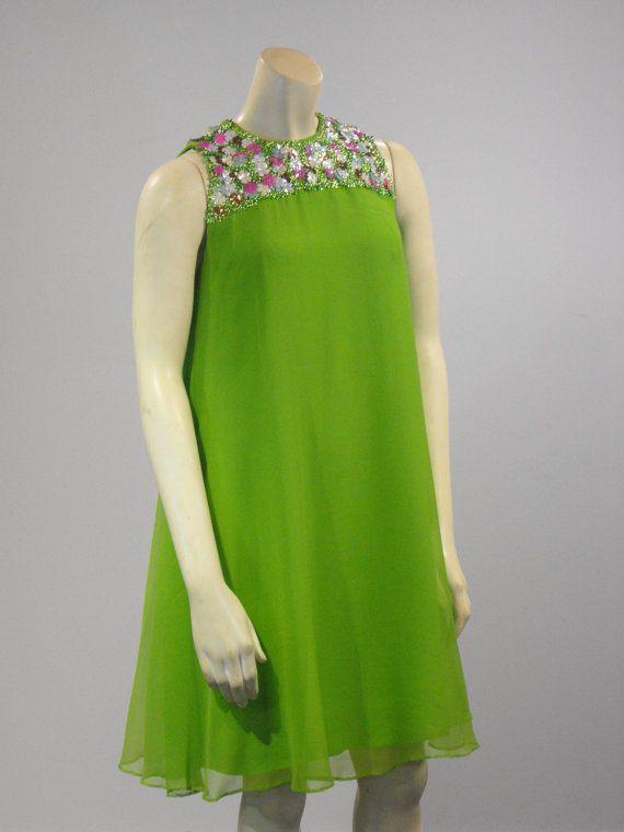 Vintage 1960s modern swing mod mini dress trapeze dress mini a line s