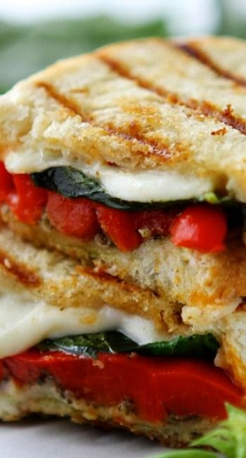 Roasted Red Pepper and Pesto Grilled Cheese Sandwiches | Recipe