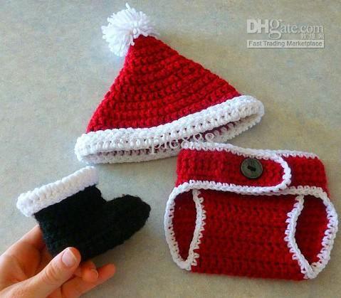 Free Crochet Pattern: Preemie Santa Hat | Charmed By Ewe