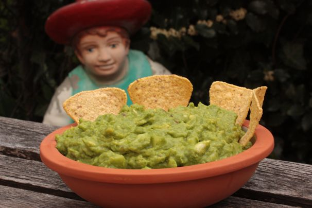 Light, sweet and spicy guacamole | Scrumptious Sides/Snacks | Pintere ...