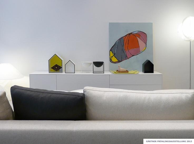 gaertner internationale moebel sofa beb sideboard piure malerei maren simon showroom. Black Bedroom Furniture Sets. Home Design Ideas